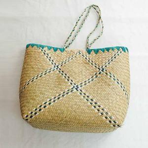 Grand-panier-raphia-vert-artisanat-Madagascar
