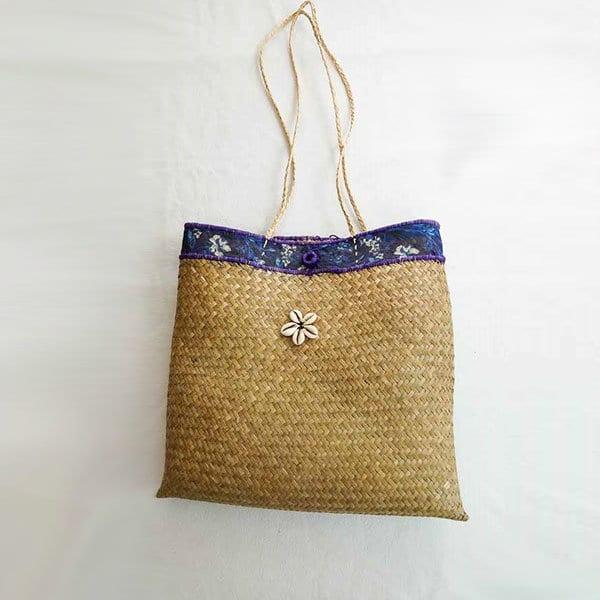 Sac raphia violet artisanat Madagascar ethnique