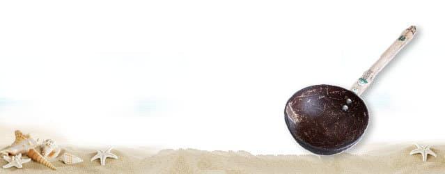 Catégorie-accessoires-artisanat-Madagascar-pailles-bambou-bols-coco-salière-poivrière-2
