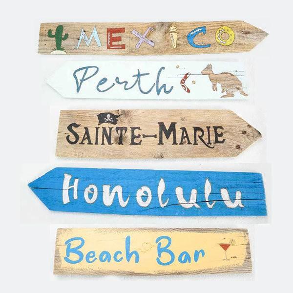 panneaux-de-direction-vacances-en-bois-de-récupération-panneaux-directionnels-destinations-touristiques---artisanat-français