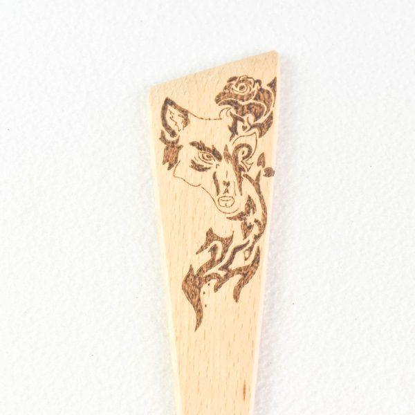 spatule-originale-loup-pyrogravé-ustensile-de-cuisine-cadeau-artisanat-français