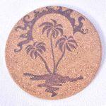 dessous-de-plat-ile-palmier-soleil-ocean-caraibes-pyrogravure-personnalisee-artisanat-francais-fait-main