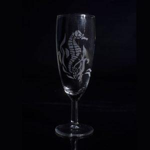 gravure-sur-verre-hippocampe-ocean-verre-a-champagne-personnalise