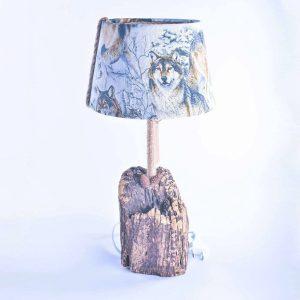 lampe-bois-loup-luminaire-original