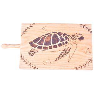 planche-a-decouper-tortue-pyrogravure-personnalisee-artisanat-francais