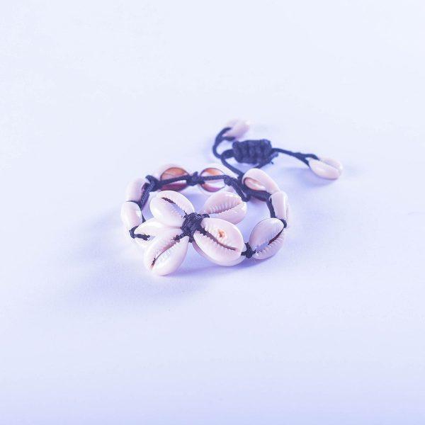 bracelet-souple-coquillages-grain-de-cafe-chic-artisanat-de-madagascar