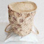 sac-femme-chic-raphia-madagascar-motifs-fleurs-vue-dessous