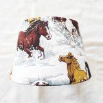 abat-jour fait-main cheval dans la neige